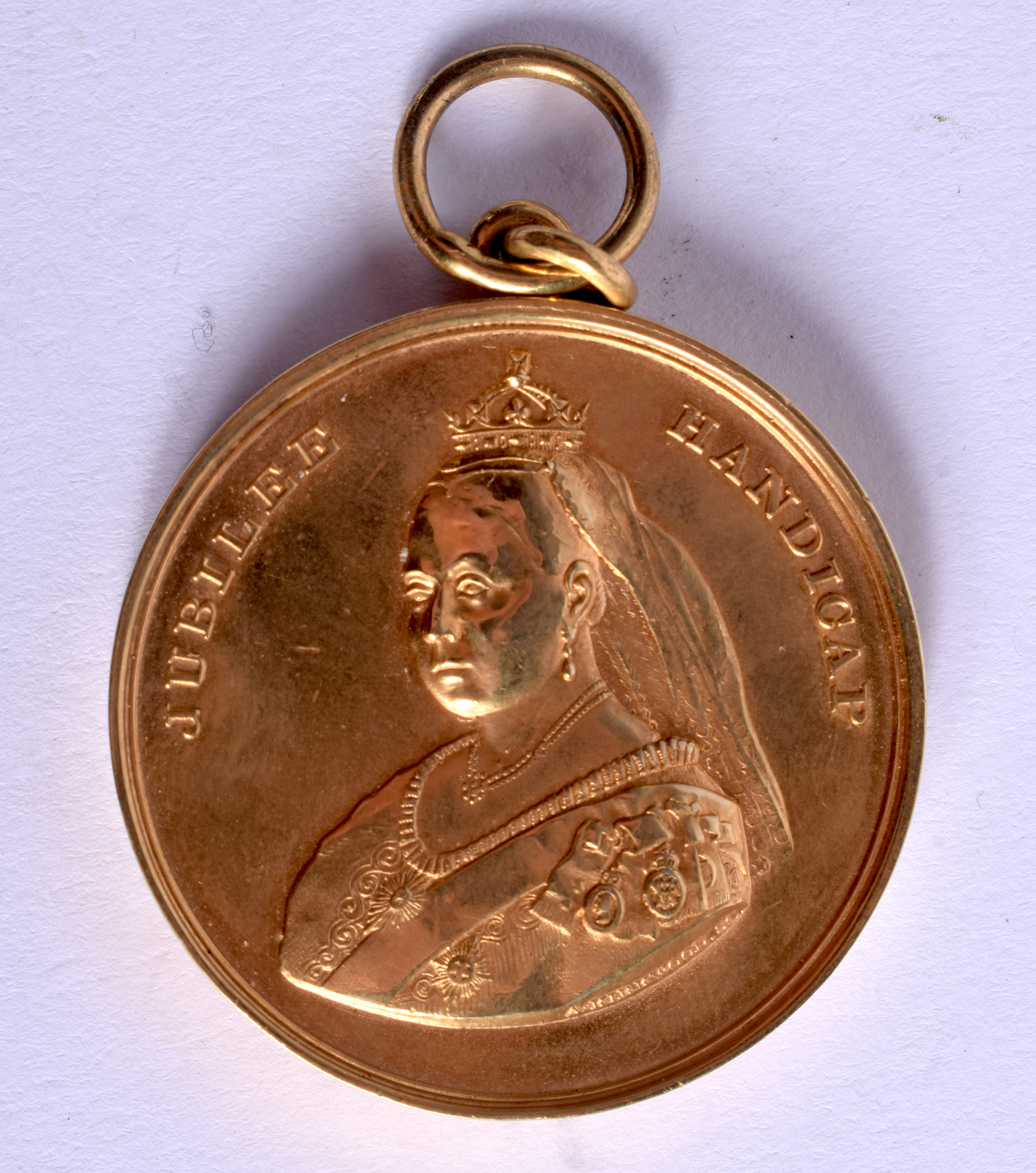 A RARE 19TH CENTURY SCOTTISH ST ANDREWS YELLOW METAL MEDALLION made for the Jubilee Handicap. 36 gra