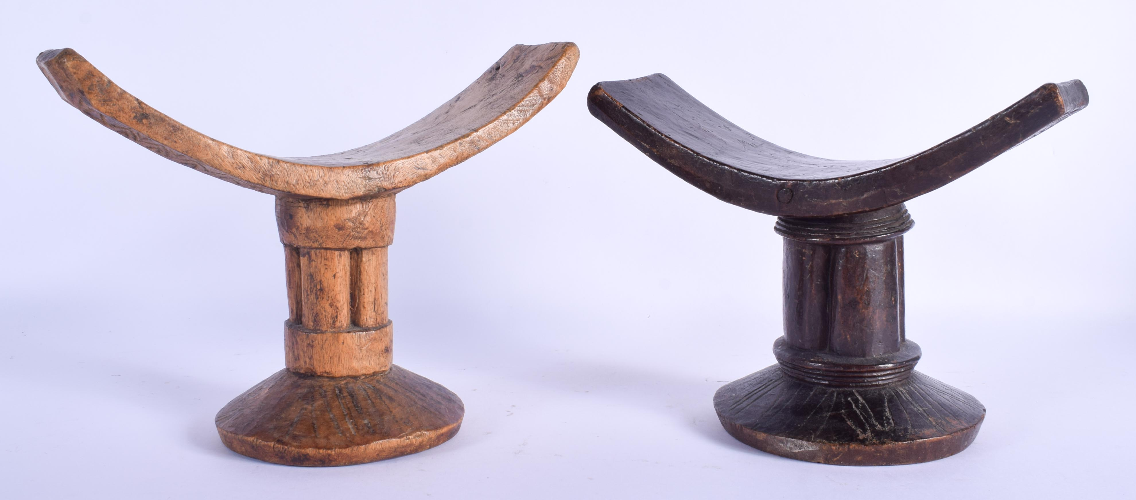 TWO AFRICAN TRIBAL CARVED WOOD HEAD RESTS. 16 cm x 21 cm. (2) - Image 2 of 3