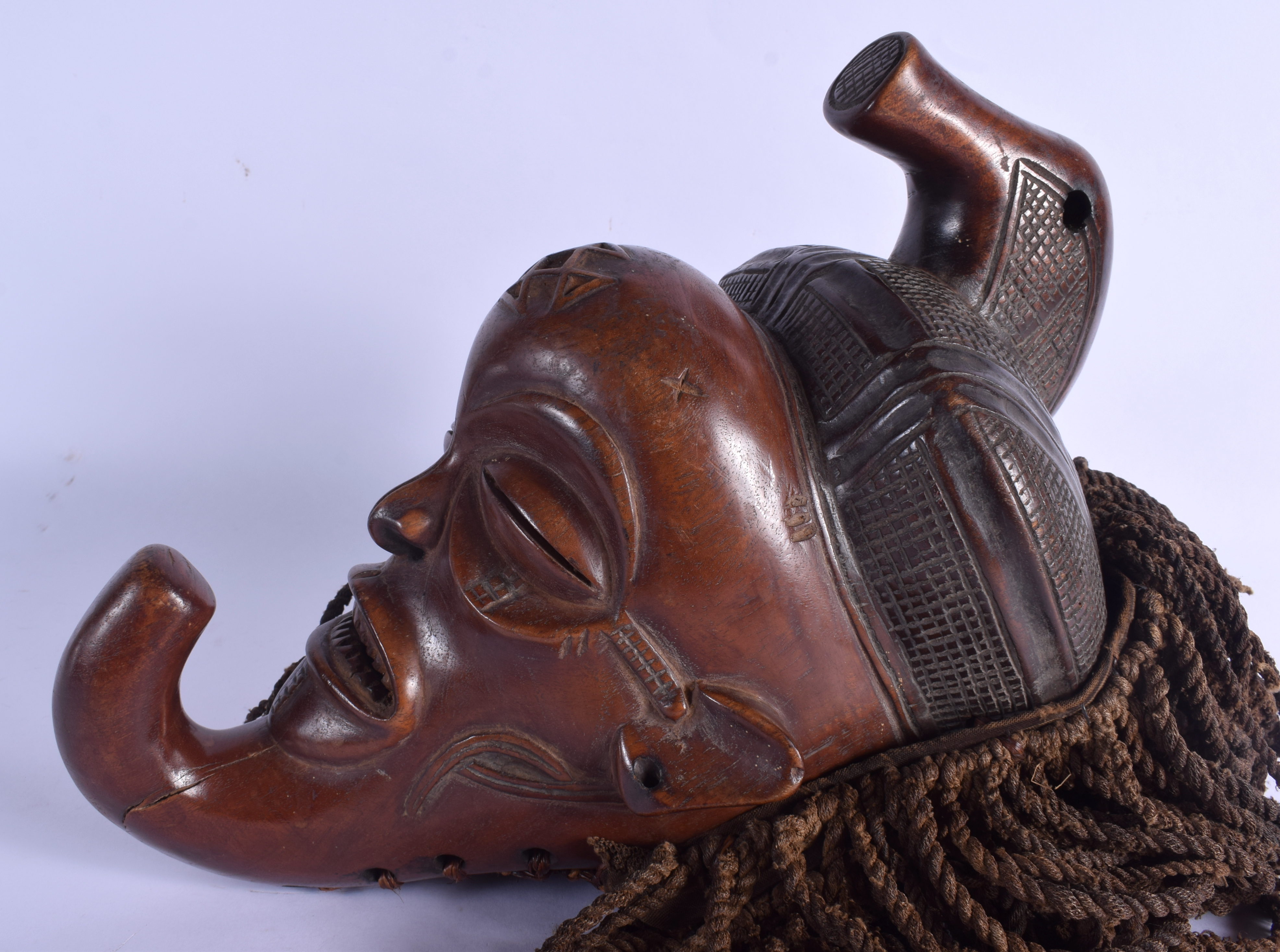 AN AFRICAN TRIBAL CHOKWE MASK decorated with motifs. Mask 30 cm x 14 cm. - Image 2 of 4