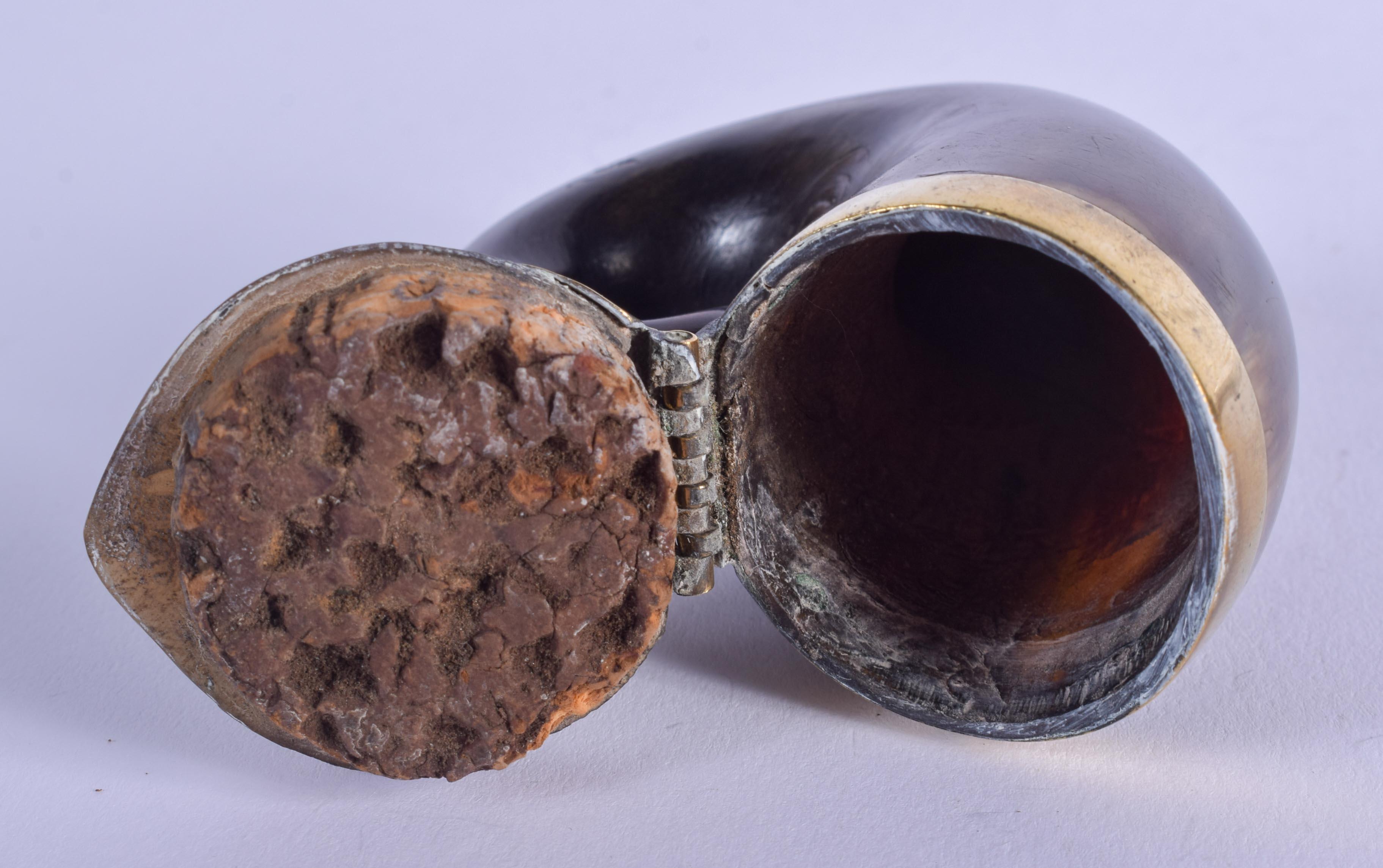 AN ANTIQUE SCOTTISH HORN SNUFF MULL. 6 cm x 6.5 cm. - Image 3 of 3
