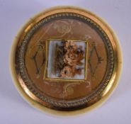 A 19TH CENTURY FRENCH PALAIS ROYALE IVORY BOX. 5 cm wide.