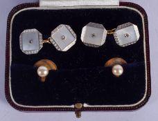 A PAIR OF ART DECO 18CT GOLD CUFFLINKS and a pair of buttons. Cufflinks 7.6 grams. (4)