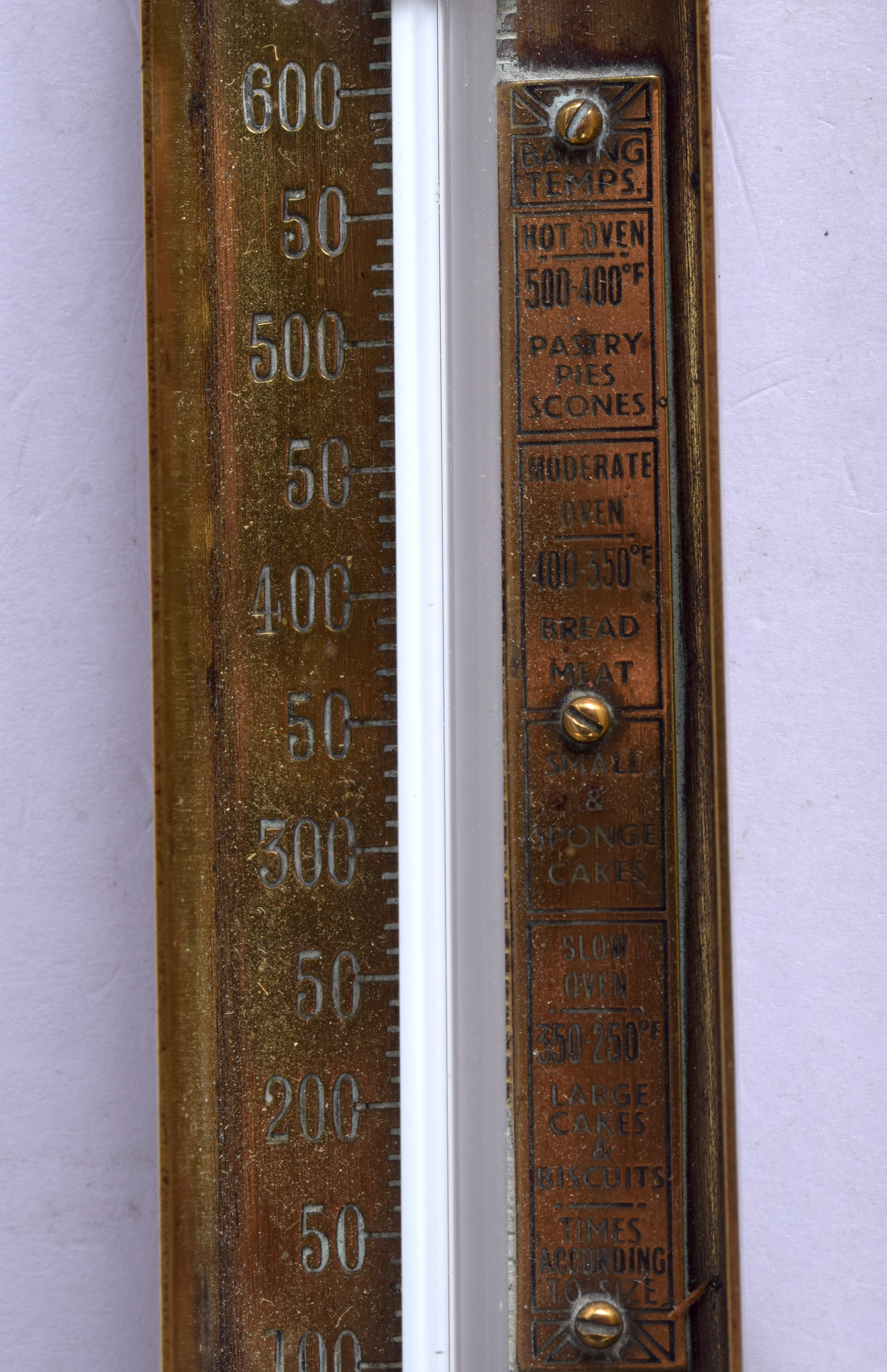 A RARE ANTIQUE BRASS BAKING TEMPERATURE THERMOMETER. 18 cm high. - Image 4 of 4