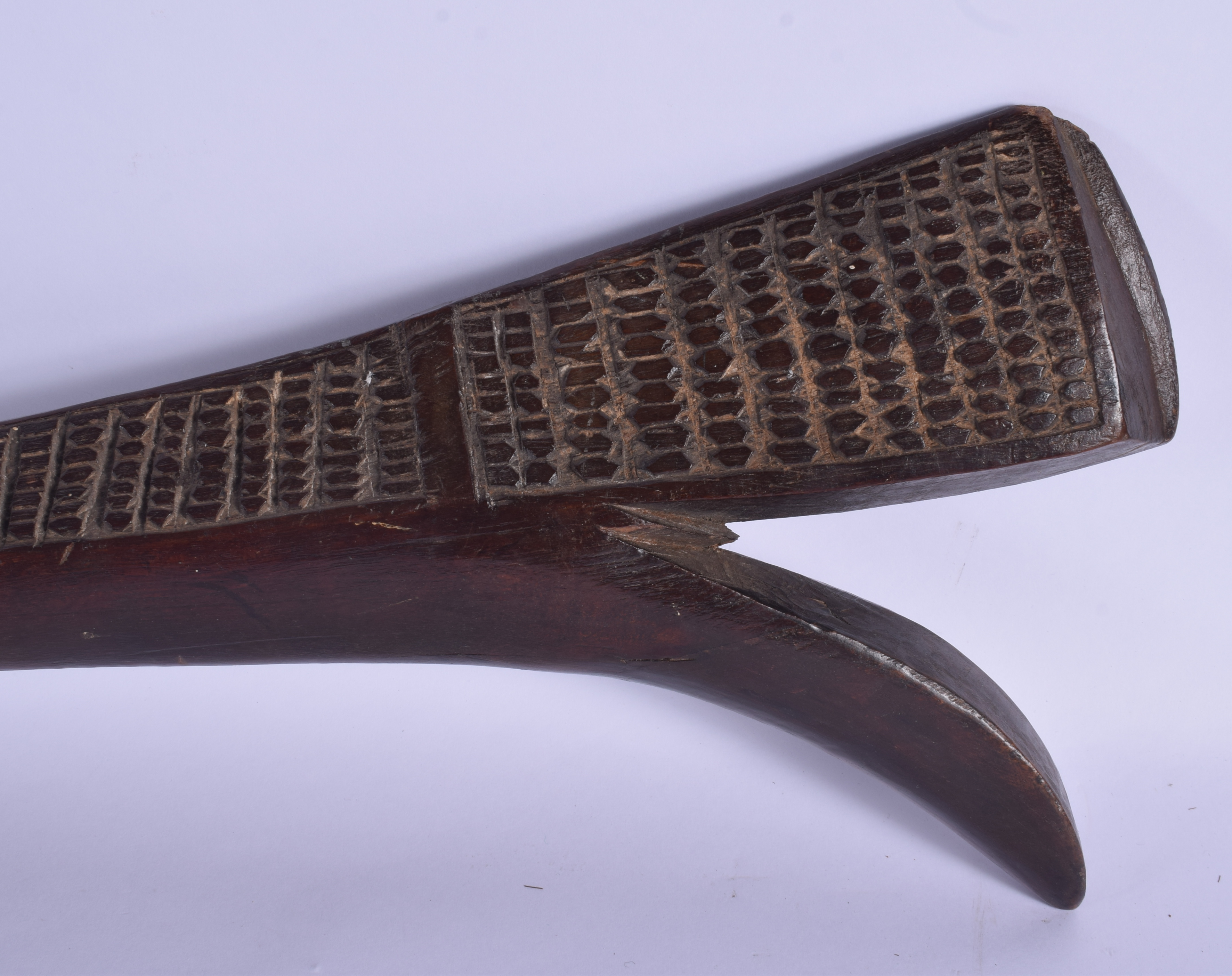 A 19TH CENTURY FIJIAN TRIBAL SALI CLUB decorated with motifs. 99 cm long. - Image 6 of 7