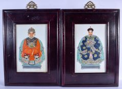 A PAIR OF CHINESE FAMILLE ROSE PORCELAIN PLAQUES 20th Century. Porcelain 34 cm x 22 cm.