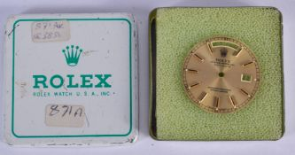 A BOXED ROLEX DAY-DATE SPARE DIAL. 2.25 cm diameter.