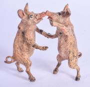 A COLD PAINTED BRONZE OF KISSING PIGS. 6 cm x 3 cm.