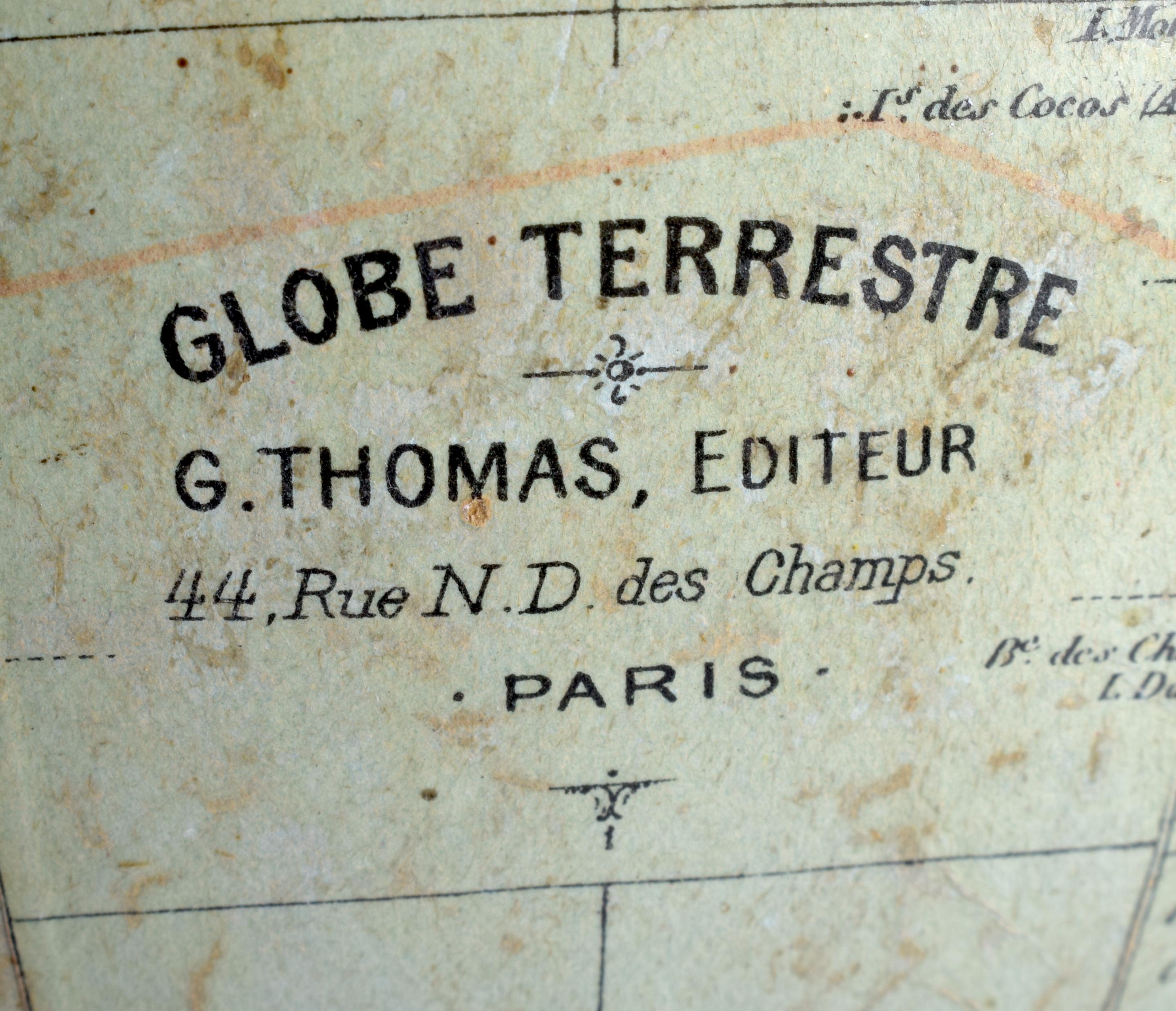 A VINTAGE GLOBE TERRESTRE G THOMAS 44 RUE DES CHAMPS OF PARIS. 38 cm x 16 cm. - Image 3 of 3