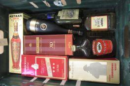 A quantity of liqueurs and spirits comprising 1 boxed bottle Courvoisier Club Cognac, 1 boxed bottle