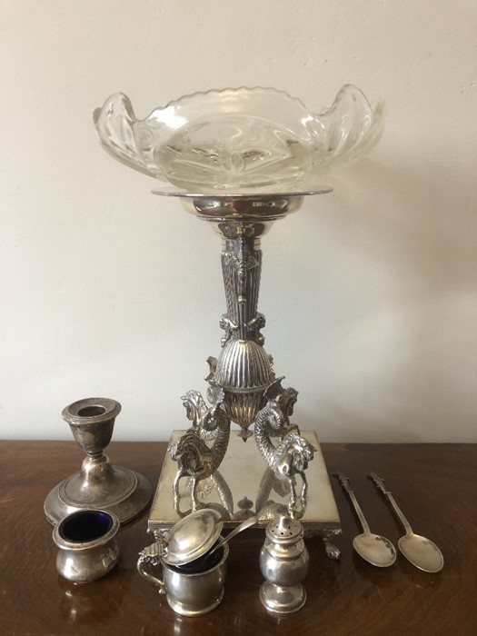 Lot 646 - A good quality silver plated stand with associated glass bowl together with various silver including