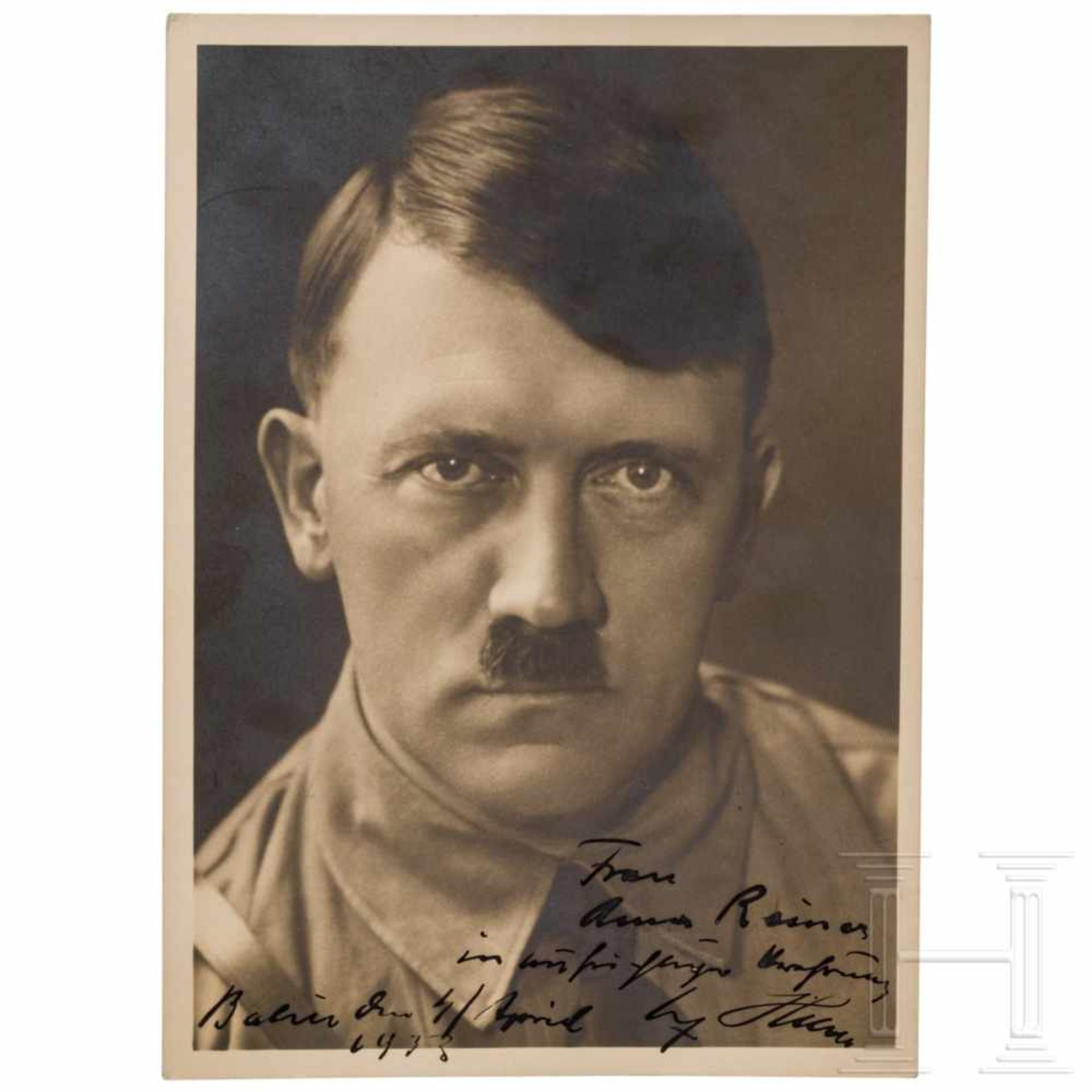 Los 6053 - Anna Reiner - a signed dedication photo of Hitler 1933Großformatiges Hoffmann-Portraitfoto in