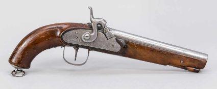 Perkussionspistole, 19. Jh., Schaft aus dunklem Holz. Abzug, Schloss und Lauf aus Eisen,