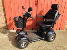 CARE CO BLACK DAYTONA XLR ELECTRIC MOBILITY SCOOTER COMPLETE WITH KEY CHARGER AND INSTRUCTIONS