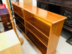 A REPRODUCTION YEW FINISH BOOKSHELF, APPROX SIZE - HEIGHT 38 INCH, LENGTH 73 INCH,