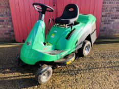 JOHN DEERE SABRE RIDE ON LAWN MOWER WITH GRASS COLLECTOR,
