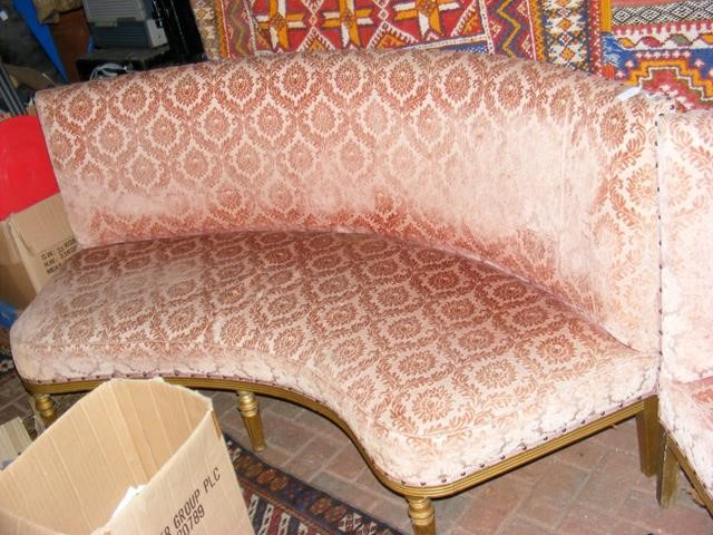 Lot 8 - A French style curved back settee