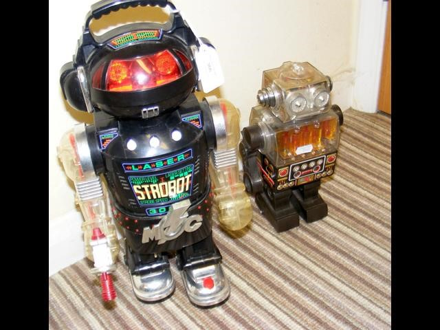 Lot 366 - A 1980's New Bright battery operated Strobot - 40c