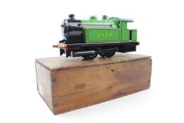 Bowman O Gauge Model No.300 0-4-0 Tank Loco LNER Green No.300, live steam in Wooden Box