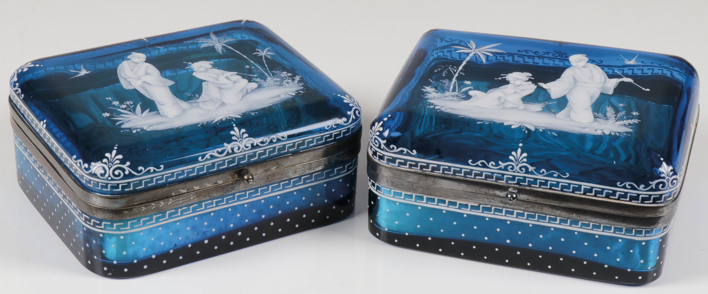 Lot 29 - PAIR OF IMPORTANT MARY GREGORY BOXES, C. 1890