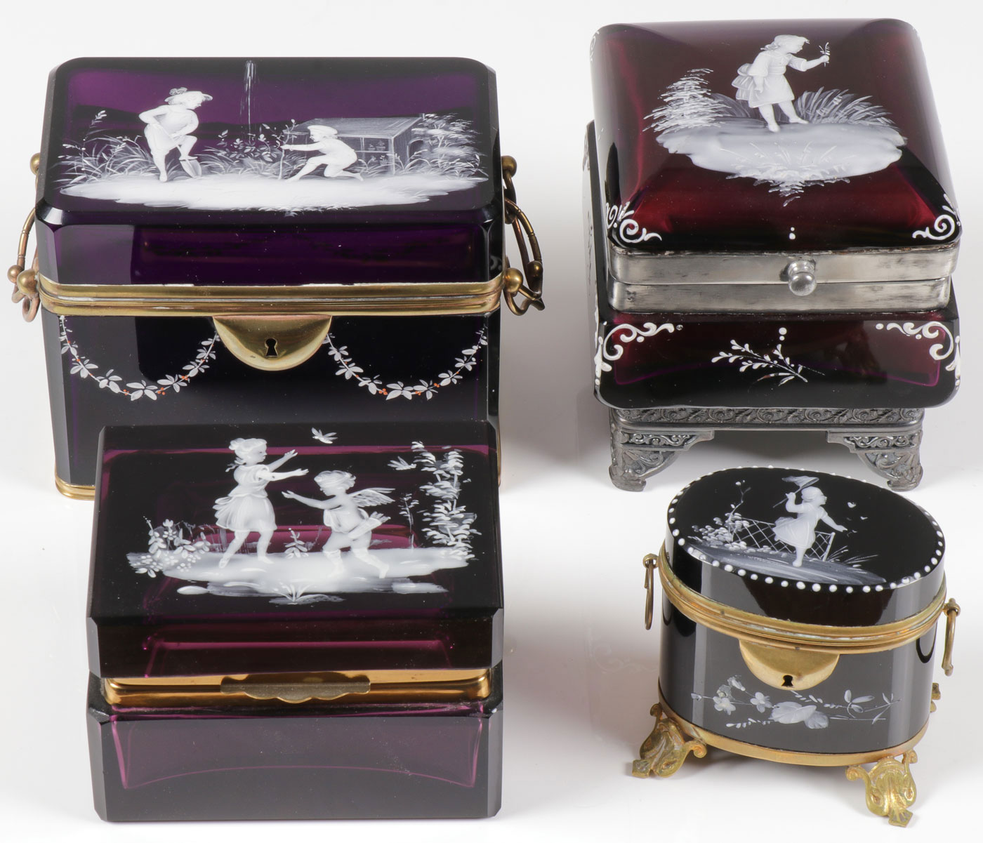 Lot 43 - FOUR MARY GREGORY AMETHYST BOXES, C. 1880