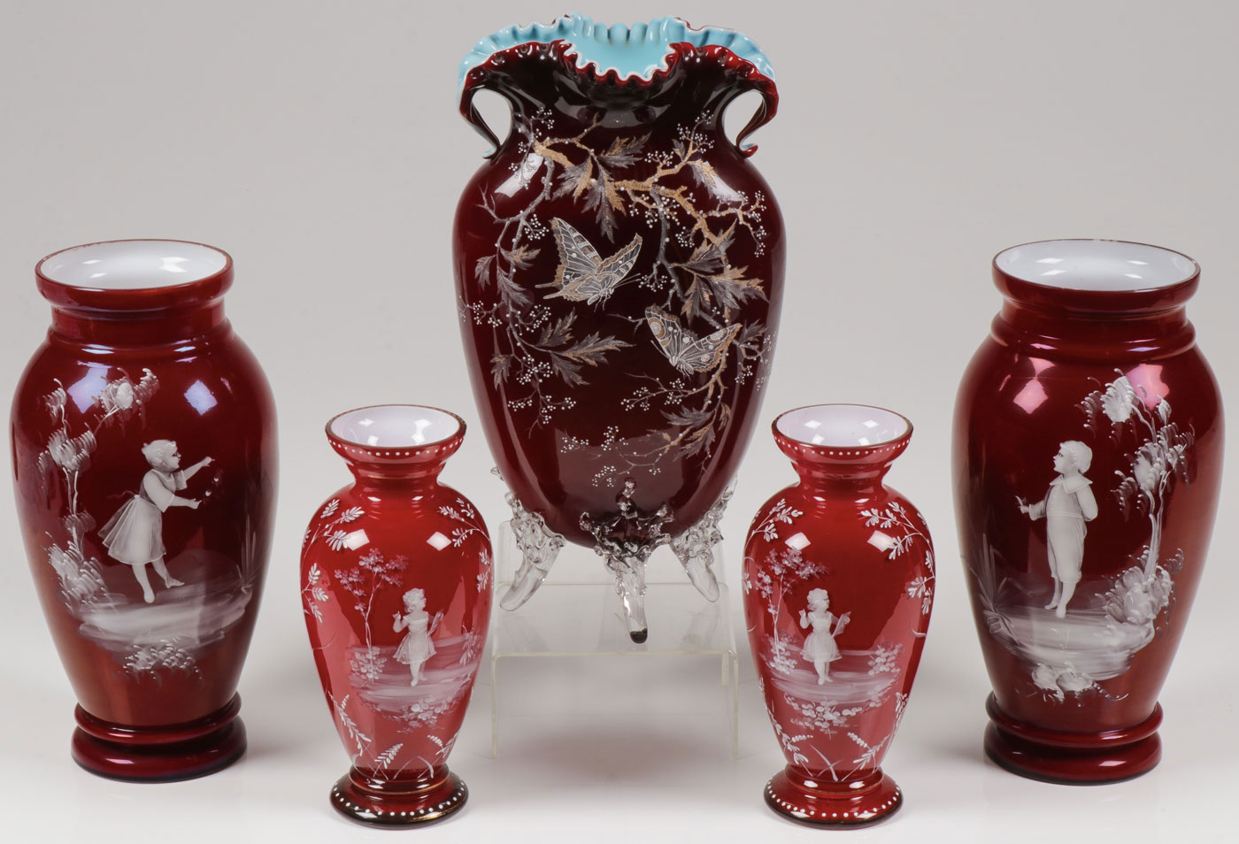 Lot 10 - MARY GREGORY CASED GLASS VASES, C. 1890