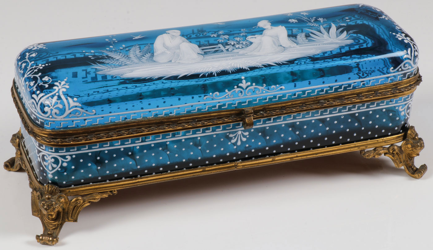 Lot 26 - FINE MARY GREGORY SAPPHIRE ORIENTAL BOX, C. 1890