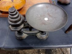 Scales - A vintage set of weights and scales 'To Weigh 8lbs'