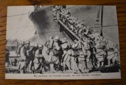 "French WWI RP Postcard of Soldiers Boarding a ship for deployment in Salonika. ""Het inschepen van"