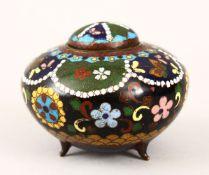 A GOOD JAPANESE MEIJI PERIOD CLOSIONNE ENAMEL LIDDED KORO, with floral decoration, 9cm diameter x