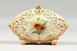 AN EARLY 19TH CENTURY LOCKE AND CO. WORCESTER BLUSH IVORY VASE with pierced body, painted with