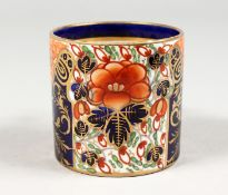AN EARLY 19TH CENTURY DERBY COFFEE CAN painted with an Imari style pattern, red mark.