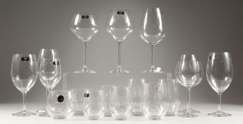NINE VARIOUS RIEDEL TYROL CRYSTAL GLASSES AND EIGHT TUMBLERS.