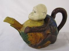 Novelty ceramic teapot in the form of a monkey L 23 cm H 15 cm (head repaired)