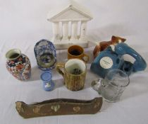 Various ceramics and glassware etc inc Coopercraft cat telephone teapot, frog tankards and Pratts