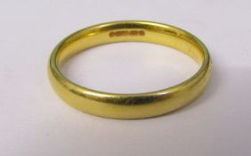 18ct gold wedding band size L weight 2.8 g