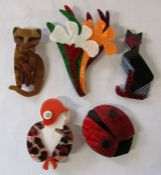 5 Lea Stein style brooches inc flowers, ladybird and cats