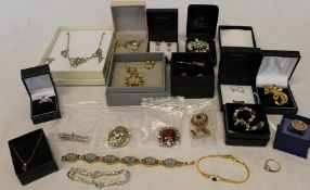 Selection of costume jewellery including silver earrings, diamante necklace, large square silver
