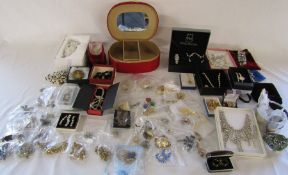 Large quantity of costume jewellery and watches