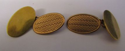 Pair of 9ct gold cufflinks weight 6.8 g