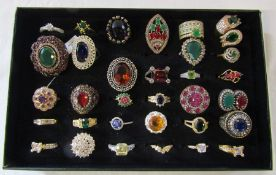 Jewellery tray containing assorted dress rings mainly silver marked 925 (33)