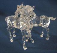 Boxed Swarovski crystal figure of 2 foals 627637 H 9 cm L 11 cm