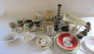 Assorted ceramics inc Royal Doulton, Wade and Wedgwood