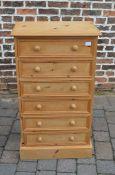 Pine chest of drawers H 107 cm L 61 cm D 37 cm