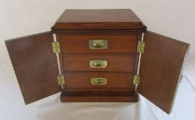 Small cabinet with three drawers H 29.5 cm