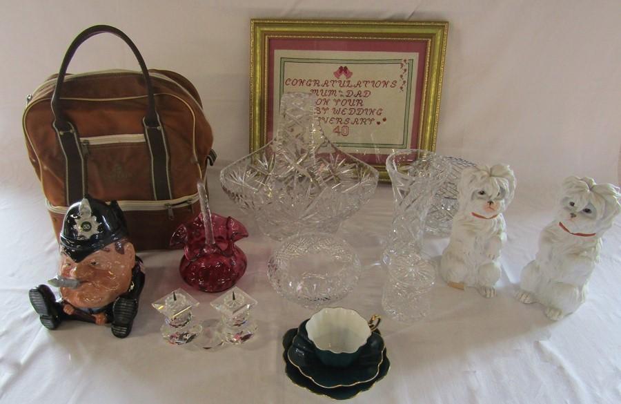 Lot 22 - Assorted glassware inc cranberry glass, large basket, Swarovski candlestick, rose bowl etc,