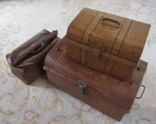 2 small tin trunks and a Gladstone bag L 45 cm