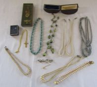 Selection of costume jewellery inc pearls