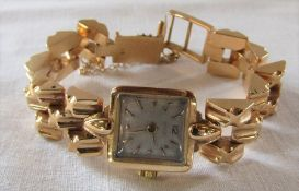 18ct gold ladies vintage Tissot wrist watch 15 jewels case marked 2510085 and gold back marked no