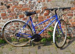 Ladies Emmelle Suntour XCU 18 gear bicycle