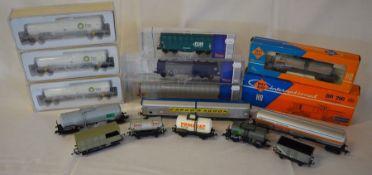 Roco International BR290 lokomotive & various rolling stock inc Brawa BP tankers